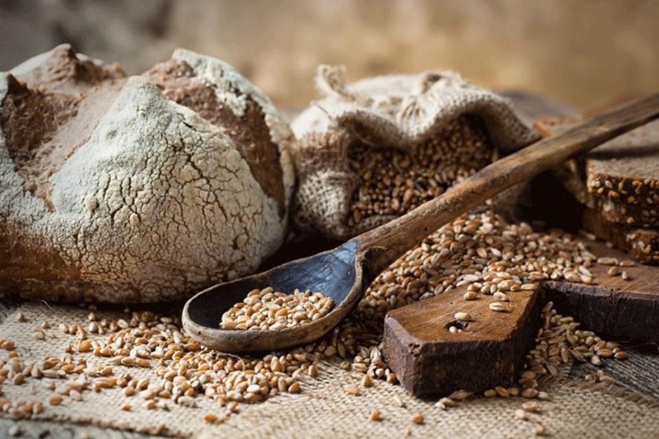 colyak-hastalari-icin-kinoadan-glutensiz-ekmek